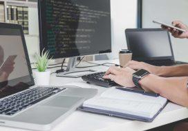 Websites à Medida e Websites CMS: Vantagens e Desvantagens